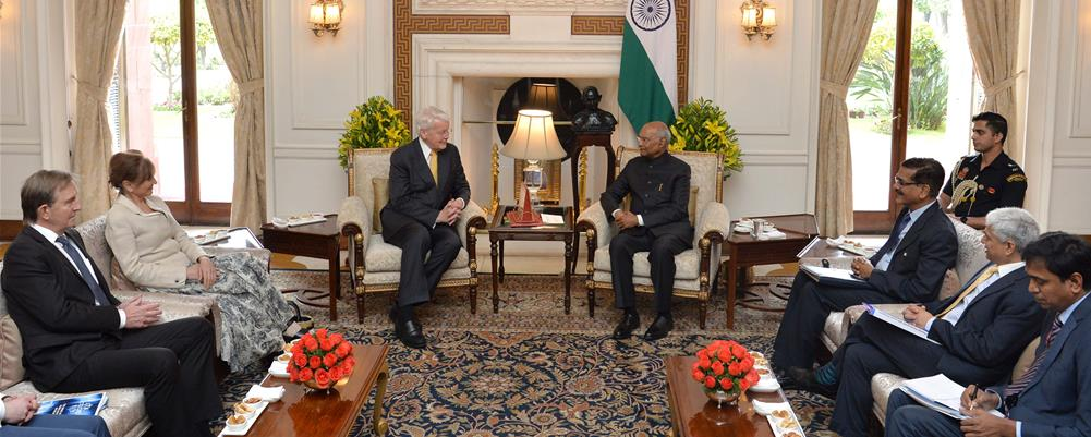 The Former President of Iceland, H.E. Mr. Olafur Ragnar Grimsson calling on the President of India, Shri Ram Nath Kovind at Rashtrapati Bhavan on March 5, 2020.