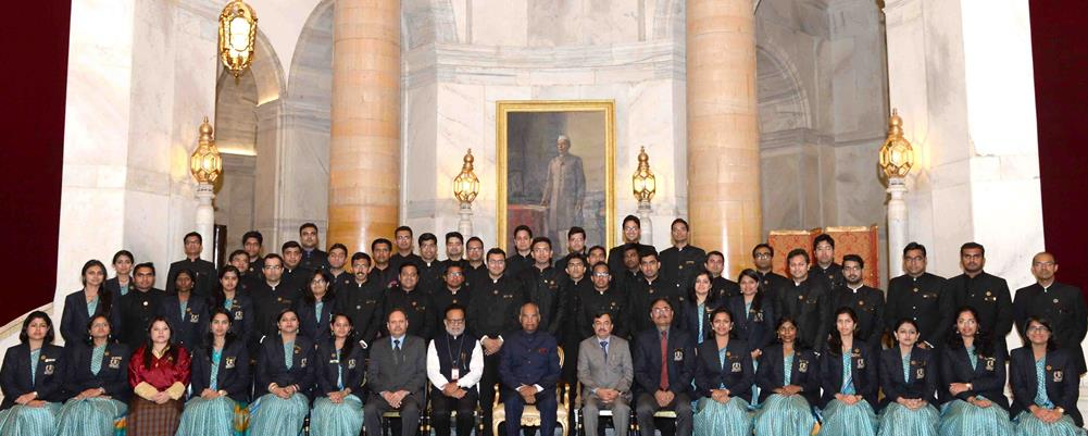 The President of India, Shri Ram Nath Kovind with Officer Trainees of 71st Batch of Indian Revenue Service from National Academy of Direct Taxes, Nagpur at Rashtrapati Bhavan on March 23, 2018.