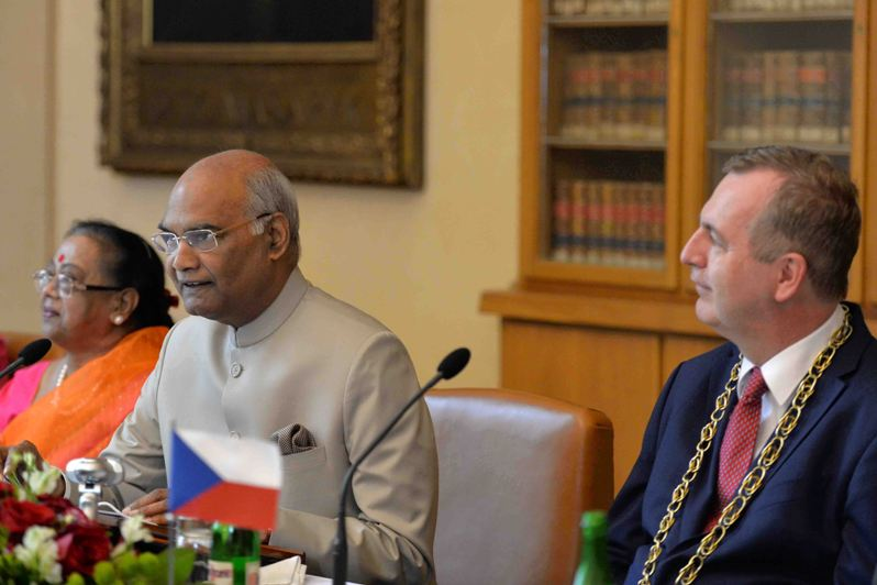 ADDRESS BY THE PRESIDENT OF INDIA, SHRI RAM NATH KOVIND AT THE ROUNDTABLE WITH I